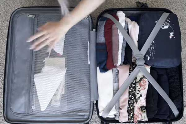 Suitcase Packing Tips and Steps