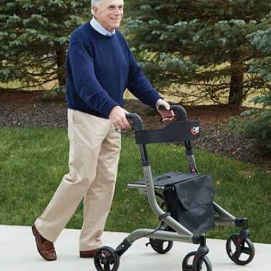 Best Rollator Walker with Seat Reviews and Guide of 2021